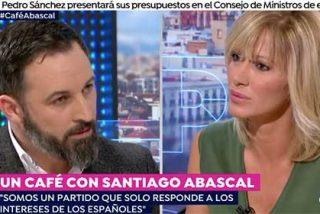 """Abascal se 'cansa' de la insistencia de Griso por sacarle junto a Rivera: """"¡Esas imágenes están más vistas que el tebeo!"""""""