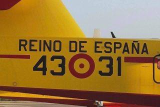 El avión español que salvó del incendio a Cataluña 'abrasa' a los indepes y arrasa en las redes