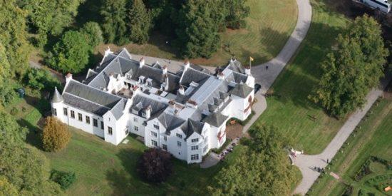 ¿Es posible alojarse en un castillo escocés?