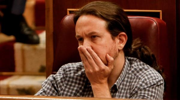 """La nula credibilidad de Pablo Iglesias por quejarse de la represión en Chile: """"Y mientras poniendo el cu** en Cataluña, eres un indecente"""""""