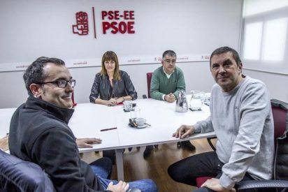 El PSOE a los pies de los independentistas