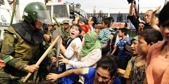 China pide a EEUU que no utilice la política religiosa para interferir en sus asuntos