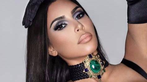 Así se ve Kim Kardashian sin maquillaje: Todos sorprendidos por las feas manchas de soriasis en su bello rostro