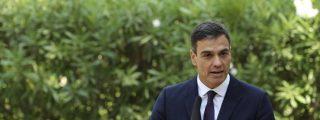 Viendo el fondo elegido por Sánchez se entiende que llegara tarde y el éxtasis en Twitter