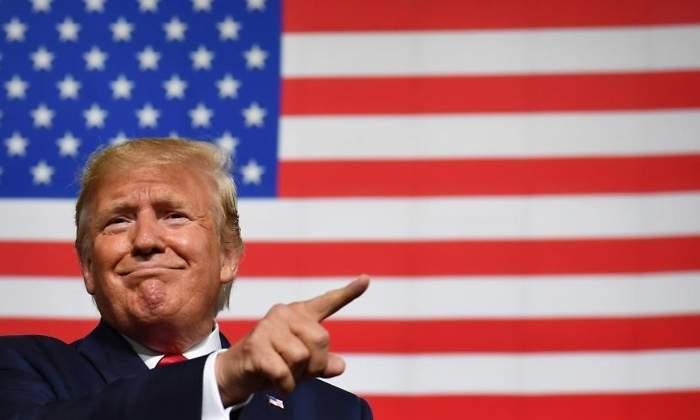 """""""Impeachment"""": Cómo beneficia a Trump pasar por el 'juicio' que también vivió Bill Clinton"""