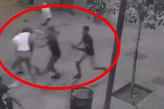 Así cazan turistas los MENAS, los violentos atracadores callejeros marroquíes de Barcelona