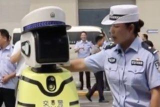 China ya tiene robots policías controlando el tráfico de sus ciudades