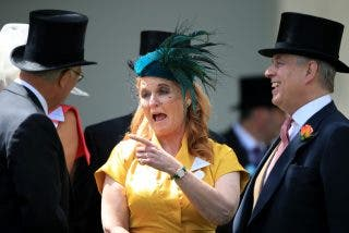 Los divorciados Sarah Ferguson y el príncipe Andrés se vienen juntos de vacaciones a España