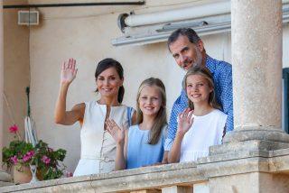 ¿Por qué estas han sido las vacaciones privadas más extrañas de Felipe y Letizia?