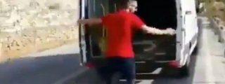 El hombre que se grabó tirando el frigorífico por el monte recibe su merecido castigo