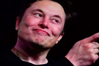 Elon Musk comparte un video que recoge el extraordinario momento en que SpaceX atrapa el casco del Falcon 9 con una red