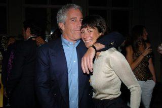 Las atrocidades de Ghislaine Maxwell: la expareja de Epstein tuvo orgías continuas con niñas de 15 años en su isla privada
