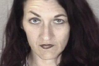Esta mujer que apuñaló fatalmente a su novio 39 veces durante un juego sexual es liberada de la prisión después de 18 años