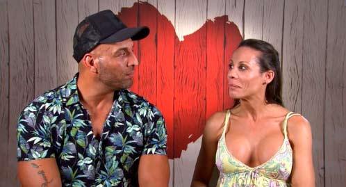 La 'anaconda' de José provoca sudores a Isabel, su cita en 'First Dates'
