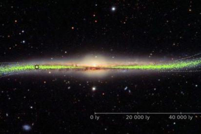 """Así es el sorprendente mapa que muestra que nuestra galaxia está """"deformada y retorcida"""""""