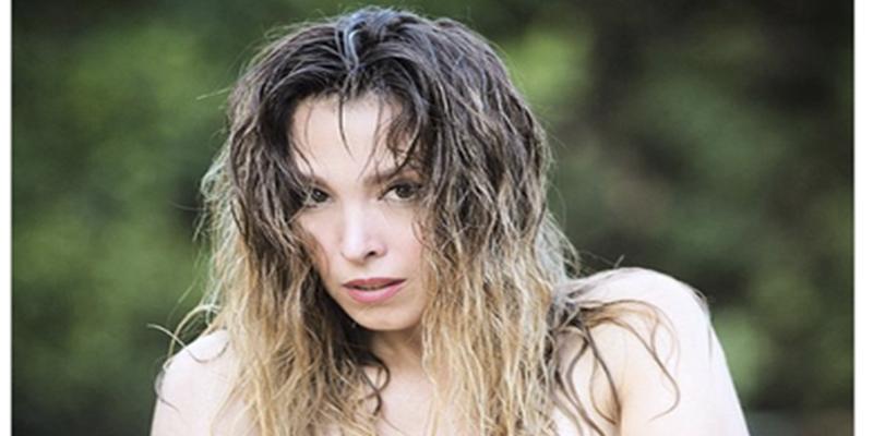 El Elegante Topless Que Gisela De Operación Triunfo Le Ha Colado A
