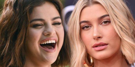 Si les pones el mismo bikini a Hailey Baldwin y a Selena Gómez, esto es lo que pasa…