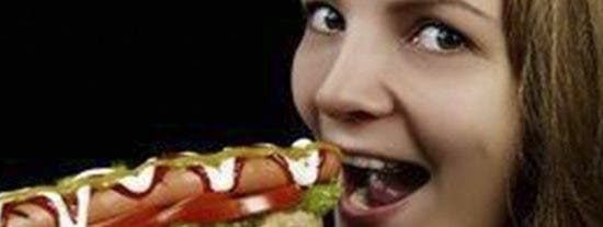 """¿Sabes cuál es el verdadero origen de los """"hot dogs"""" o perritos calientes?"""