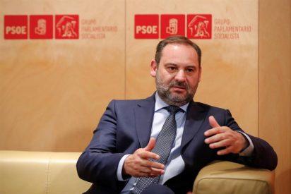 La estrategia del PP para 'exprimir' la verdad a Ábalos sobre la visita de Delcy Rodríguez