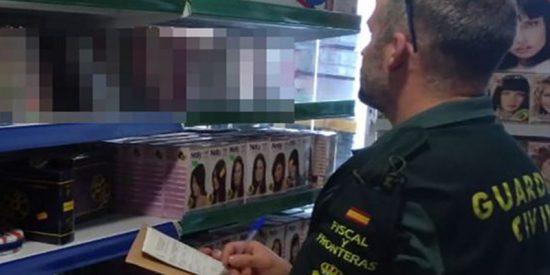 La Guardia Civil pilla un arsenal de vídeos porno en varios bazares chinos