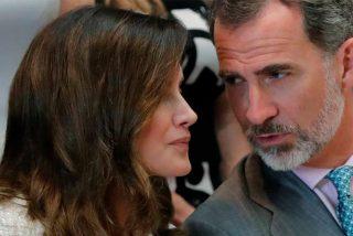 """Pedrojota hace tándem con Peñafiel contra la Reina Letizia: """"Deja el móvil, estate quieta y ten respeto"""""""