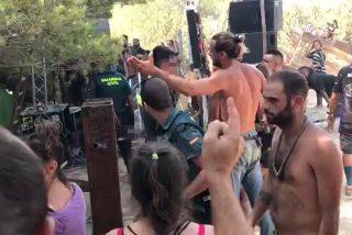 Una 'rave' ilegal en Ibiza se salda con disparos al aire, 73 detenidos y 13 heridos