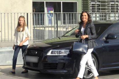"""La princesa Leonor visita al rey Juan Carlos con Letizia y ve a su abuelo """"muy mejorado y con ganas de volver a casa"""""""