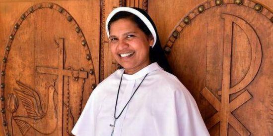 La superiora expulsa de la orden a una monja que denunció al obispo de abusos