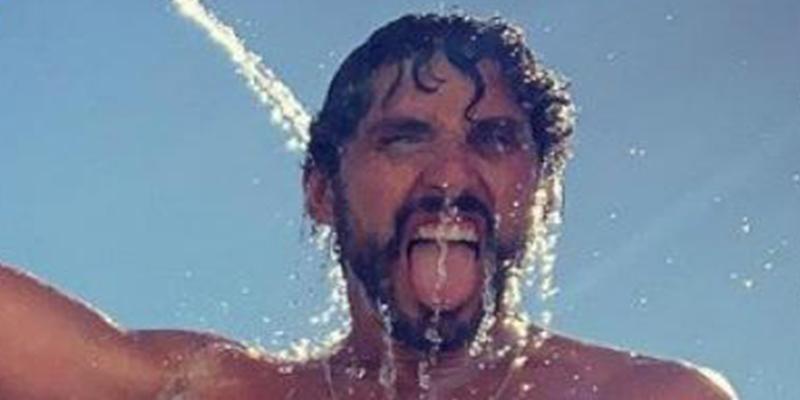 La foto más ordinaria de Paco León en Instagram, haciendo apología de sus 'pelos genitales'