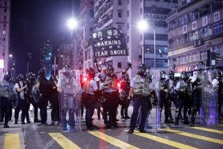 "Donald Trump insta a los jerarcas comunistas de China a tratar ""humanamente"" a Hong Kong si quieren un pacto comercial"