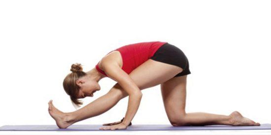 La mejor postura de yoga para recuperarte tras una sesión de `running´