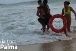 La socorrista argentina rescata a un niño jugándose la vida y es una heroína en Mallorca