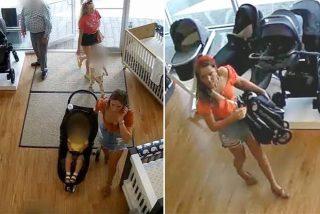 Ladrona novata: roba un cochecito para bebés pero se olvida a su hijo en la tienda