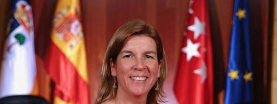 Elena Garachana, la concejal de VOX que quiere cerrar el EMGV de La Rozas (Madrid)