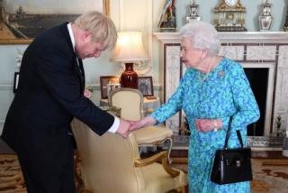 Reino Unido, más cerca de un 'Brexit' duro: Isabel II aprueba la suspensión del Parlamento