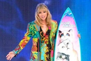 Taylor Swift, borracha 'como una cuba' horas antes de los Teen Choice Awards