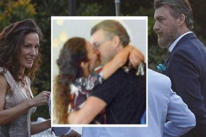 Telma Ortiz, hermana de la Reina Letizia, se come a besos a su novio abogado