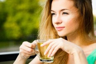 ¿Conoces todas las propiedades del té de cola de caballo?