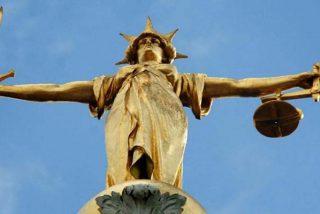 Traficante de drogas se salva de la cárcel después de decirle al juez que su calvicie le había arruinado la vida