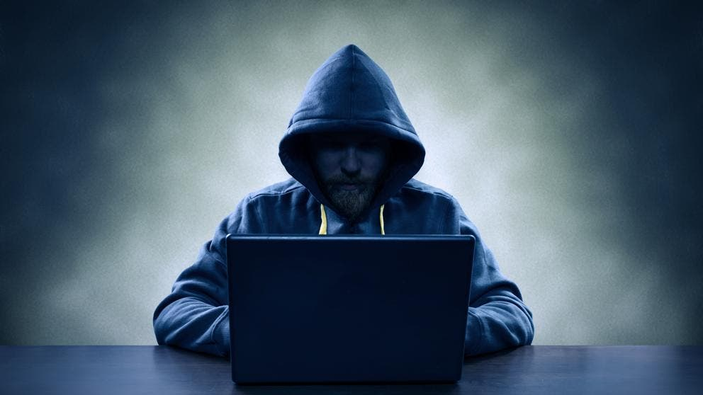 Capturan a un hacker que intentó vender una base de datos con 773 millones de correos electrónicos
