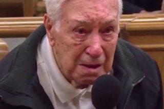 Un juez perdona a este hombre de 96 años que llevaba a su hijo de 63 con cáncer al médico