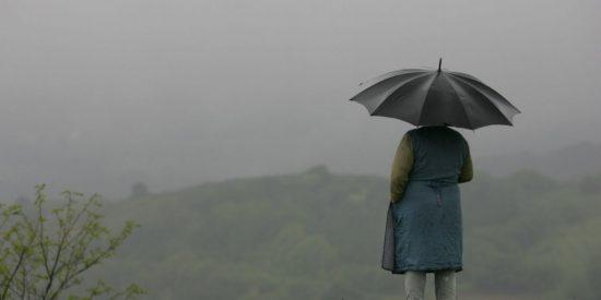La 'gota fría' amenaza este domingo con inundar con lluvias torrenciales el oeste de la Península Ibérica
