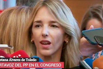 Los divertidos lapsus de una reportera de 'Espejo Público' cuando entrevistaba en directo a Cayetana Álvarez de Toledo
