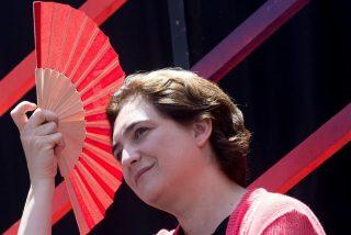 Cazamos a Ada Colau: sus lujosas vacaciones, sin móvil para que no la molesten, mientras agoniza Barcelona