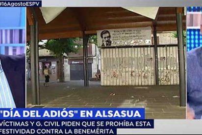 """Carlos Cuesta da de su medicina al 'indepe de cuota' de Atresmedia por defender los actos de humillación a la Guardia Civil: """"¿Y si el muñeco que arde fuese el tuyo?"""""""