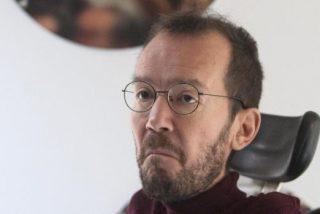 Palo a Podemos: un juez sienta en el banquillo a Echenique, le cierra la boca y le pide 300.000 euros