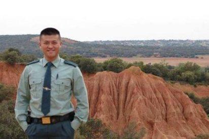 """La Guardia Civil 'revienta' las redes con su primer agente chino: """"mi pasión es España"""""""