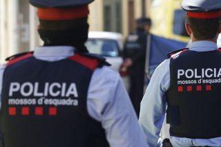 'Ciudad sin ley': Una banda de carteristas roba y apalea a 4 turistas en Barcelona