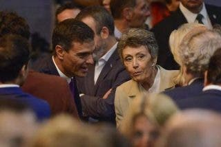 """La 'manirrota"""" Rosa María Mateo se gasta todo el dinero y deja tres meses sin un euro a la soviética TVE"""