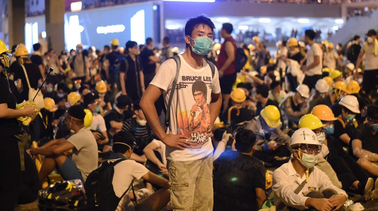 Un experto explica la importancia del 'factor católico' en las revueltas de Hong Kong